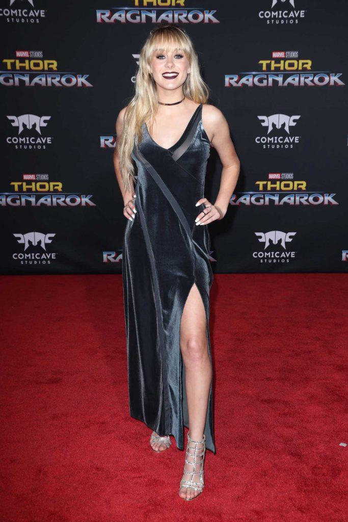 DeVore Ledridge at the Thor: Ragnarok Premiere in Los Angeles 10/10/2017-2