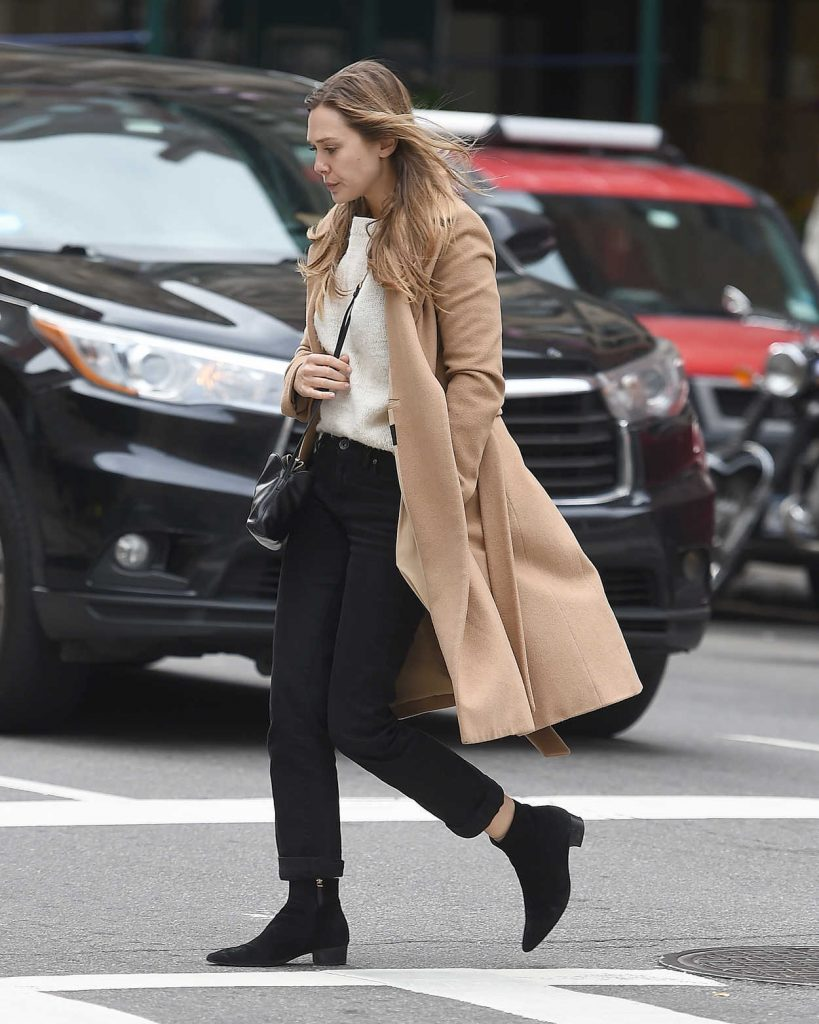 Elizabeth Olsen Wears a Beige Coat Out in New York City 10/16/2017-1