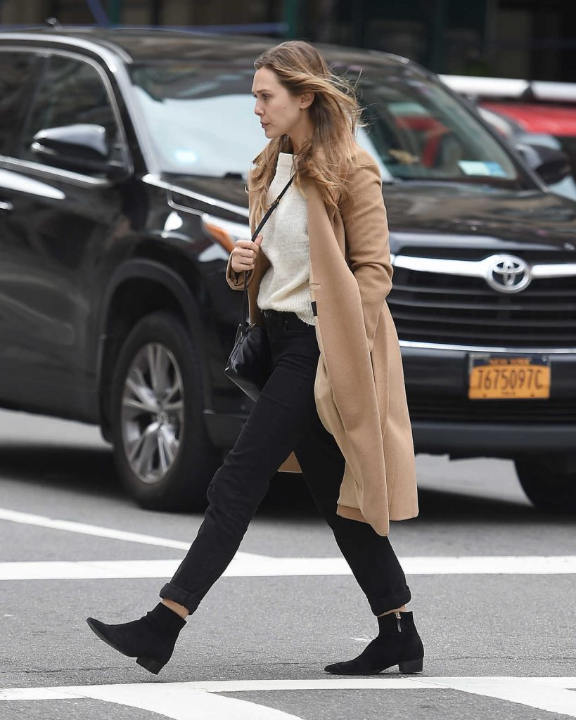 Elizabeth Olsen Wears a Beige Coat Out in New York City 10/16/2017-3