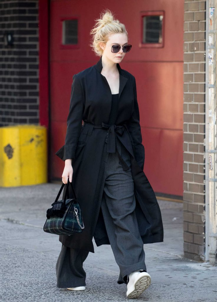 Elle Fanning Was Seen Out in NYC 10/02/2017-4