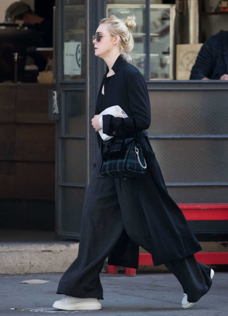 Elle Fanning Was Seen Out in NYC 10/02/2017-5