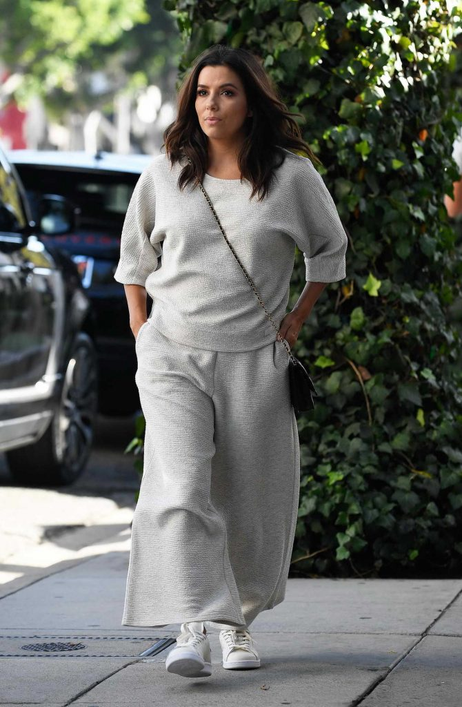 Eva Longoria Was Seen Out in Beverly Hills 10/09/2017-2