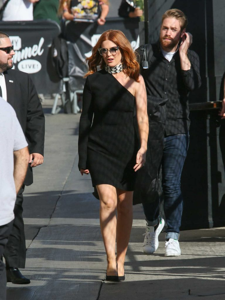 Isla Fisher Arrives at Jimmy Kimmel Live in Los Angeles 10/05/2017-1