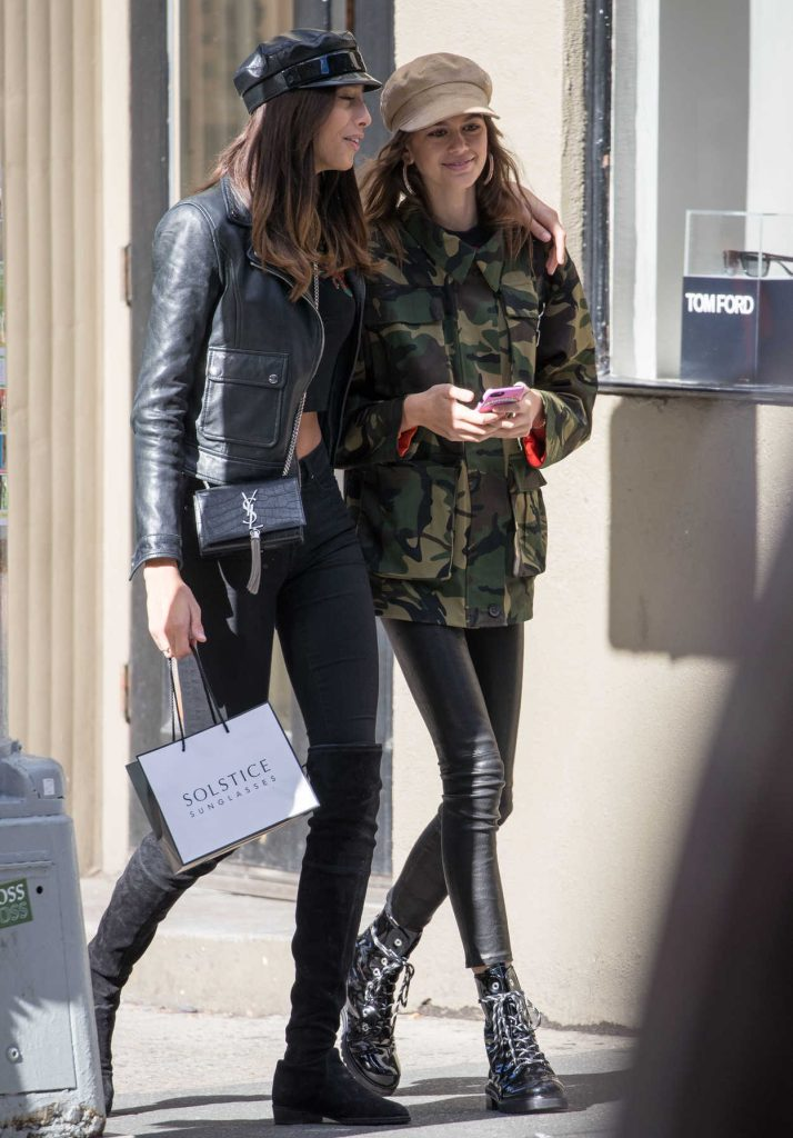 Kaia Gerber Gets a Coffee With a Friend in NYC 10/30/2017-4