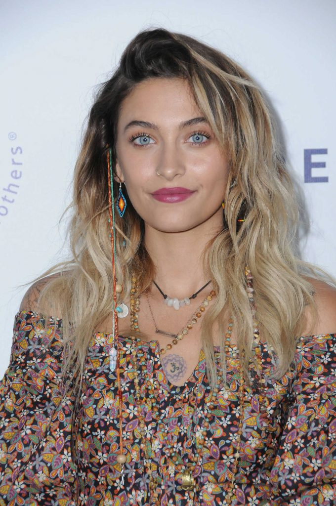 Paris Jackson Attends the Elizabeth Taylor AIDS Foundation Benefit Dinner in Beverly Hills 10/24/2017-4