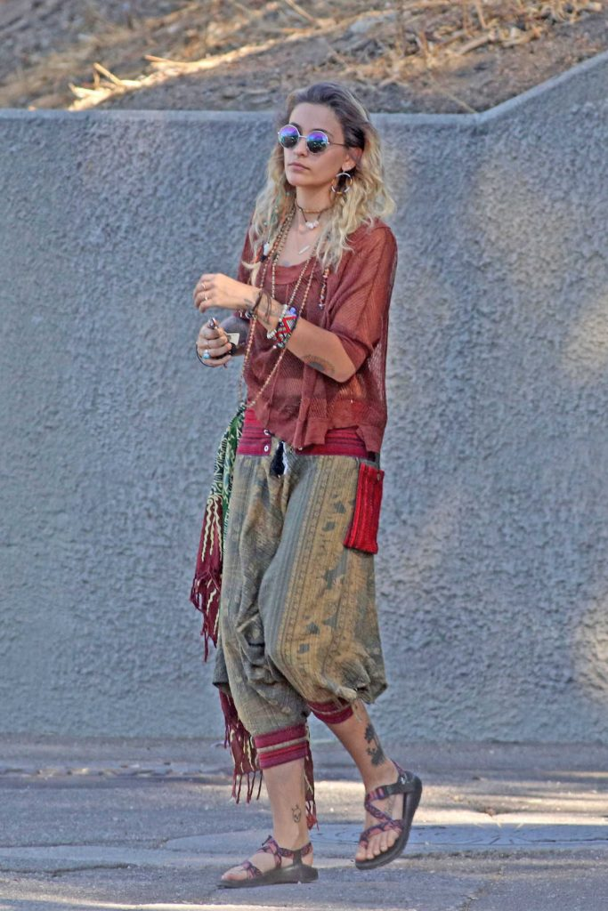 Paris Jackson Was Seen Out in Los Angeles 10/27/2017-1
