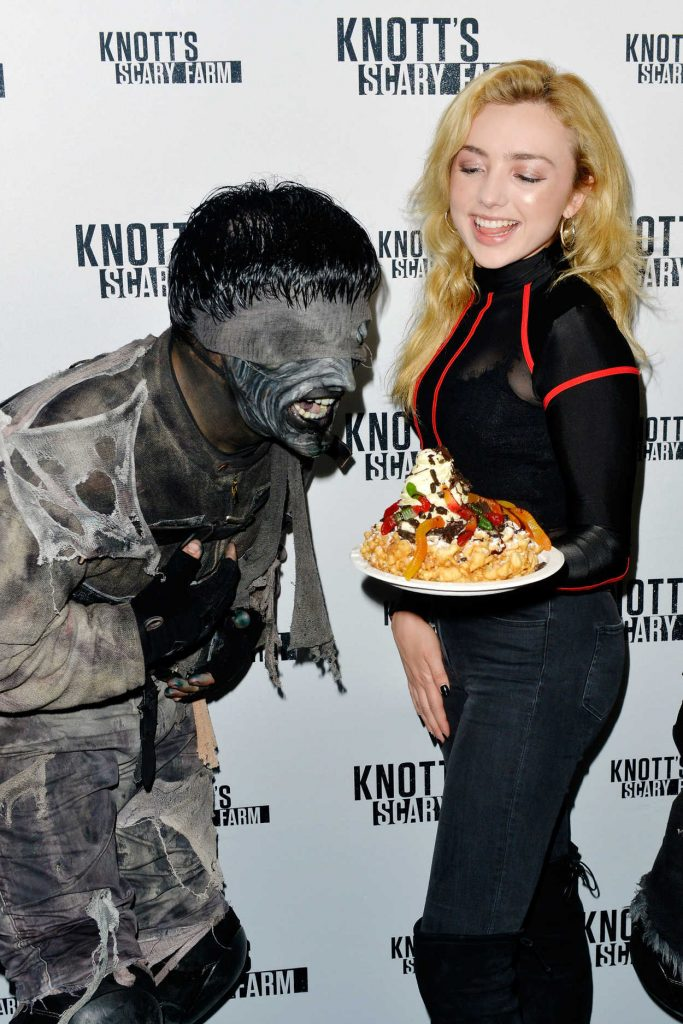 Peyton List Visits Knott's Scary Farm in Buena Park 10/14/2017-3