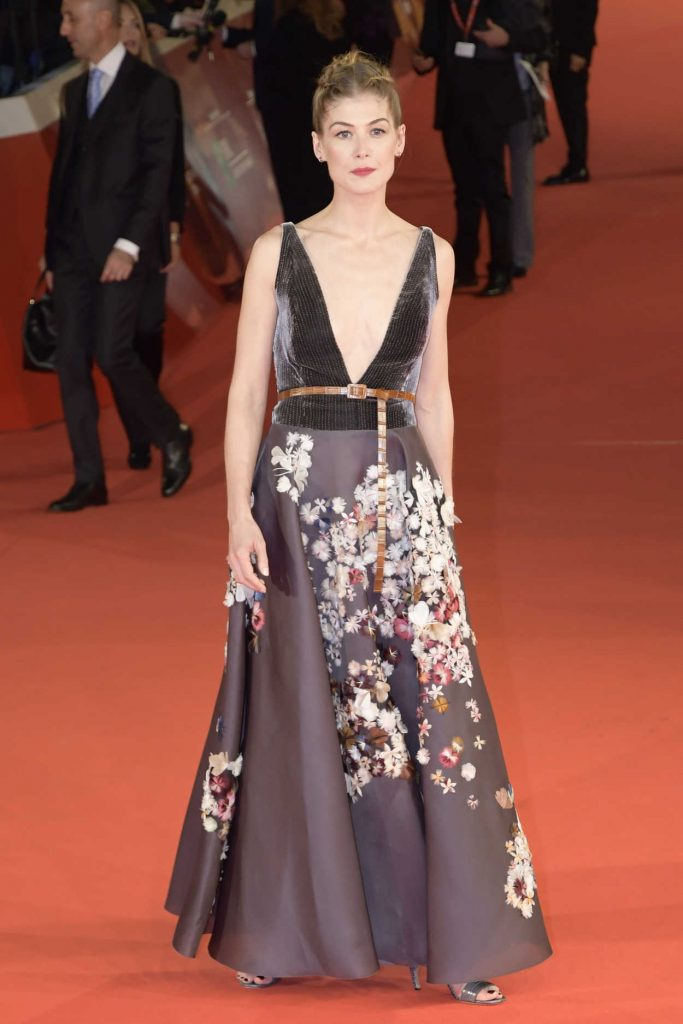 Rosamund Pike at the Hostiles Premiere During the 12th Annual Rome Film Festival in Rome 10/26/2017-2