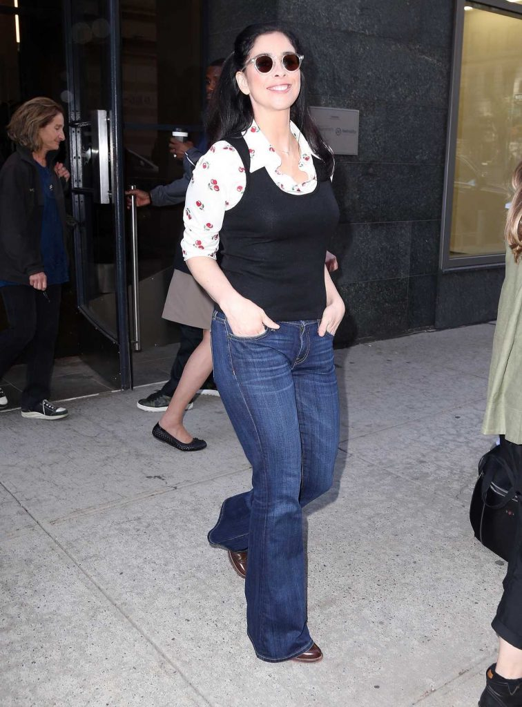 Sarah Silverman Was Seen Out in New York 10/03/2017-4