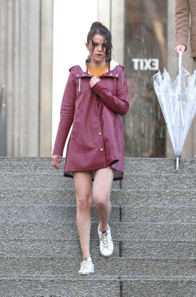 Selena Gomez on the Set of New Woody Allen Film in NYC 10/03/2017-1