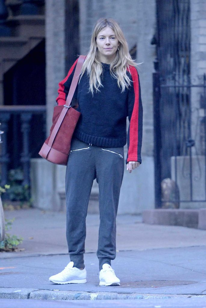 Sienna Miller Was Seen Out in New York 10/18/2017-1