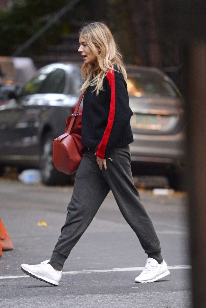 Sienna Miller Was Seen Out in New York 10/18/2017-3