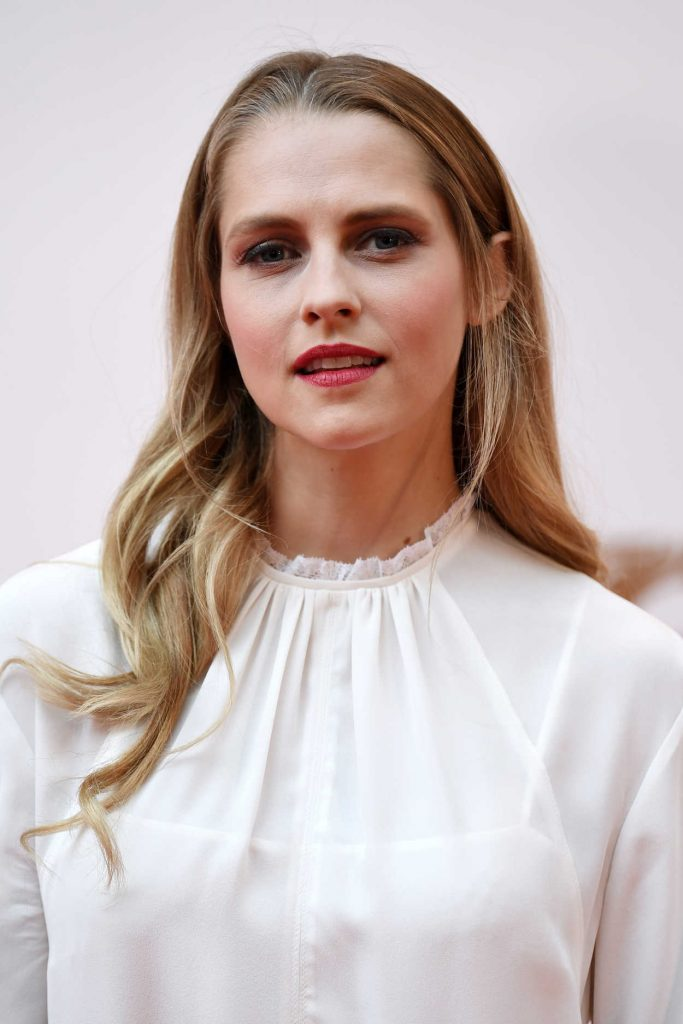 Teresa Palmer at British Academy Cymru Awards at St David's Hall in Cardiff 10/08/2017-5