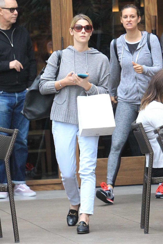 Ashley Greene Was Seen Out in Hollywood 10/31/2017-1