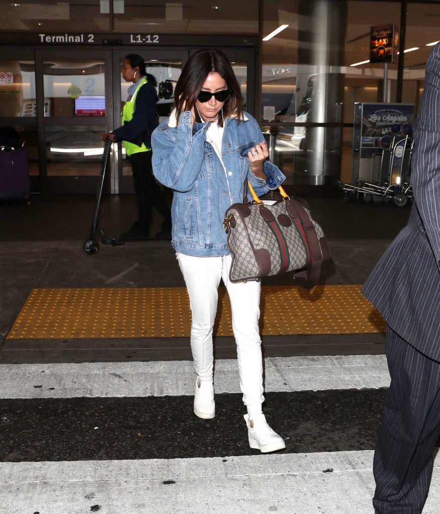 Ashley Tisdale Was Spotted at LAX Airport in LA 11/17/2017-2