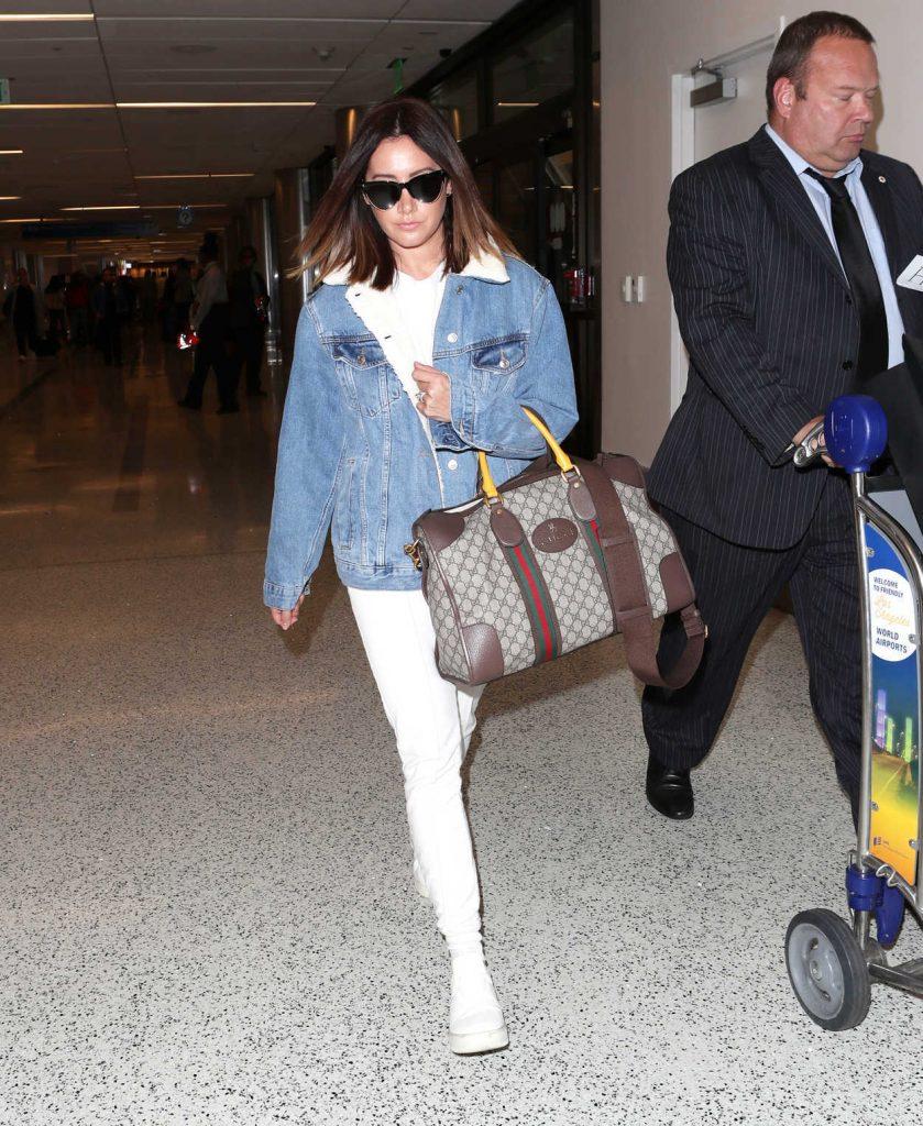 Ashley Tisdale Was Spotted at LAX Airport in LA 11/17/2017-3