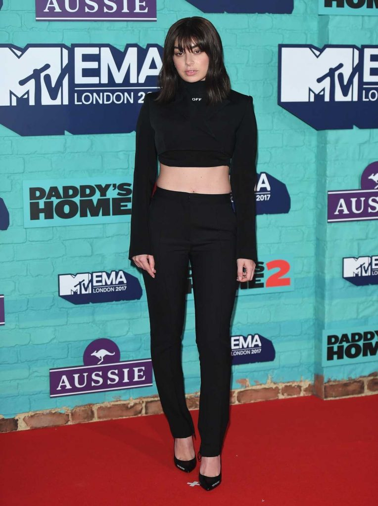 Charli XCX at the 24th MTV Europe Music Awards in London 11/12/2017-1