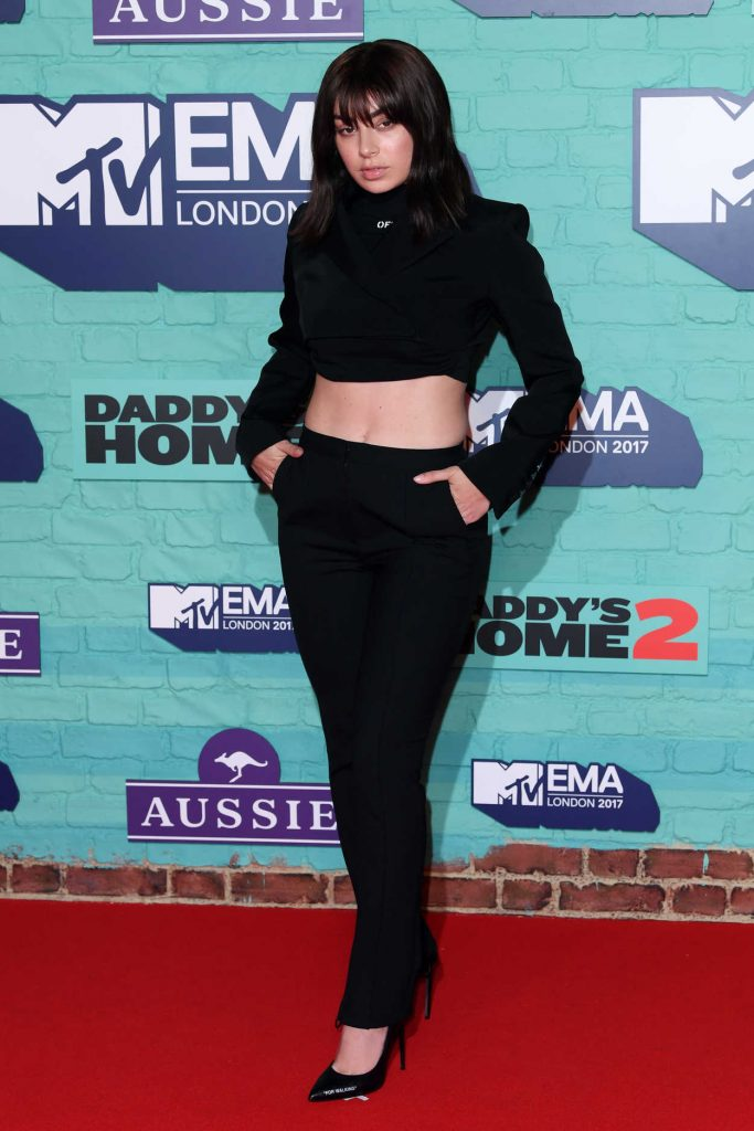 Charli XCX at the 24th MTV Europe Music Awards in London 11/12/2017-3