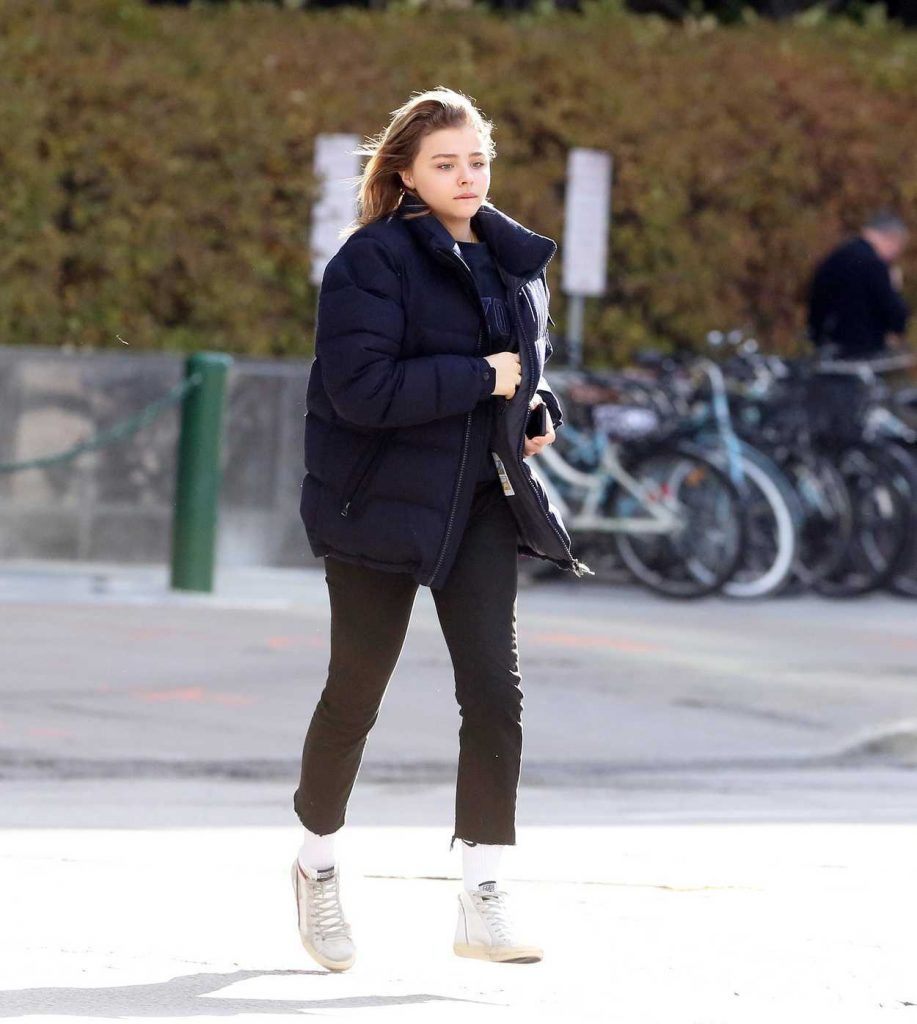 Chloe Moretz Was Seen Out in Toronto 11/03/2017-2