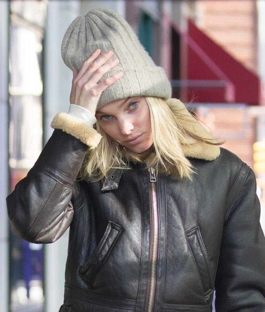Elsa Hosk Was Seen Out for a Stroll in NYC 11/13/2017-4