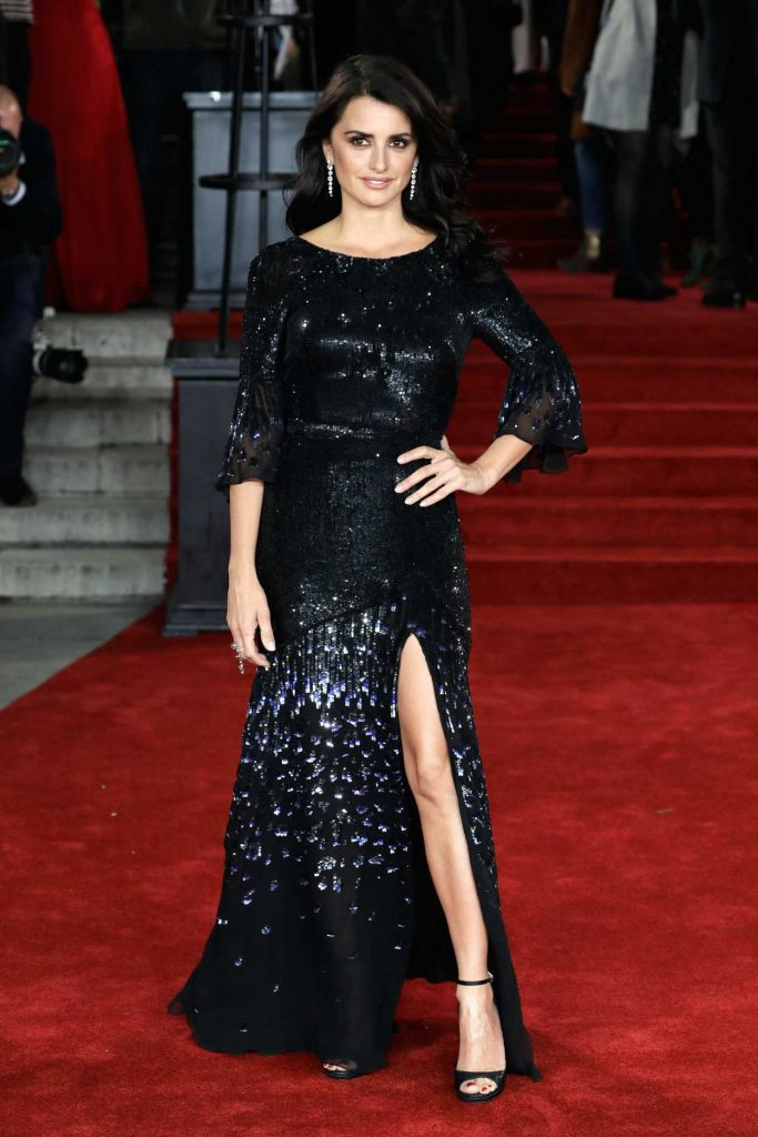 Penelope Cruz at the Murder on the Orient Express Premiere in London 11/02/2017-1