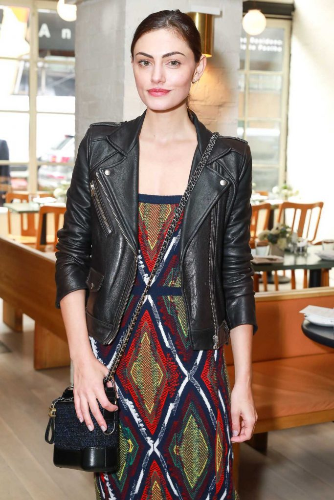 Phoebe Tonkin at the Barrie's Friendsgiving Lunch in New York City 11/14/2017-2