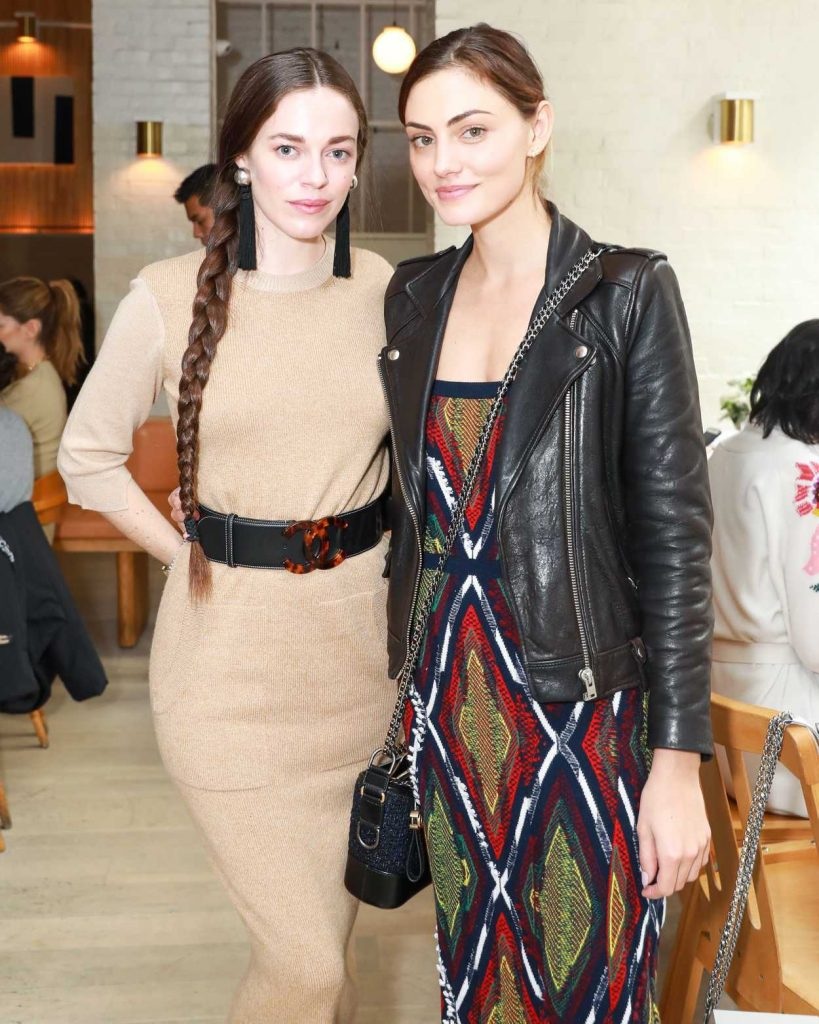 Phoebe Tonkin at the Barrie's Friendsgiving Lunch in New York City 11/14/2017-4