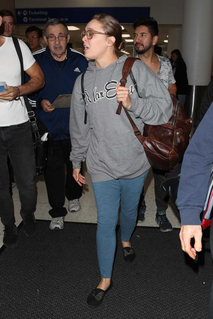 Ronda Rousey Arrives at LAX Airport in Los Angeles 11/07/2017-4