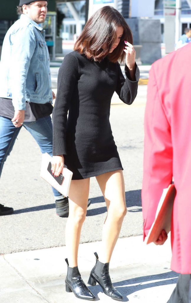Selena Gomez Goes to Hillsong Church in Downtown LA 11/04/2017-1