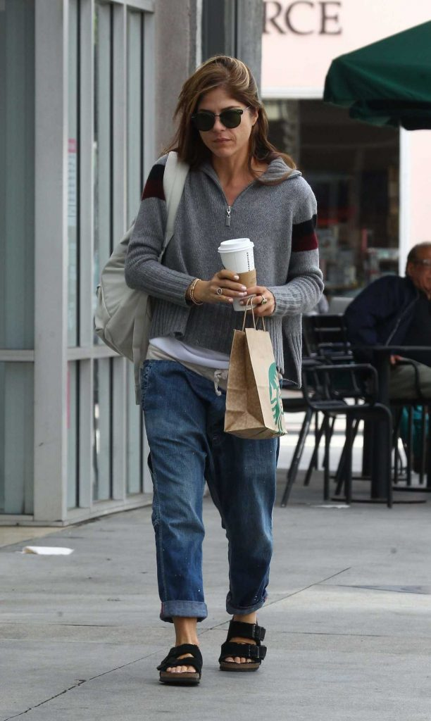 Selma Blair Was Seen Out in Los Angeles 11/01/2017-3