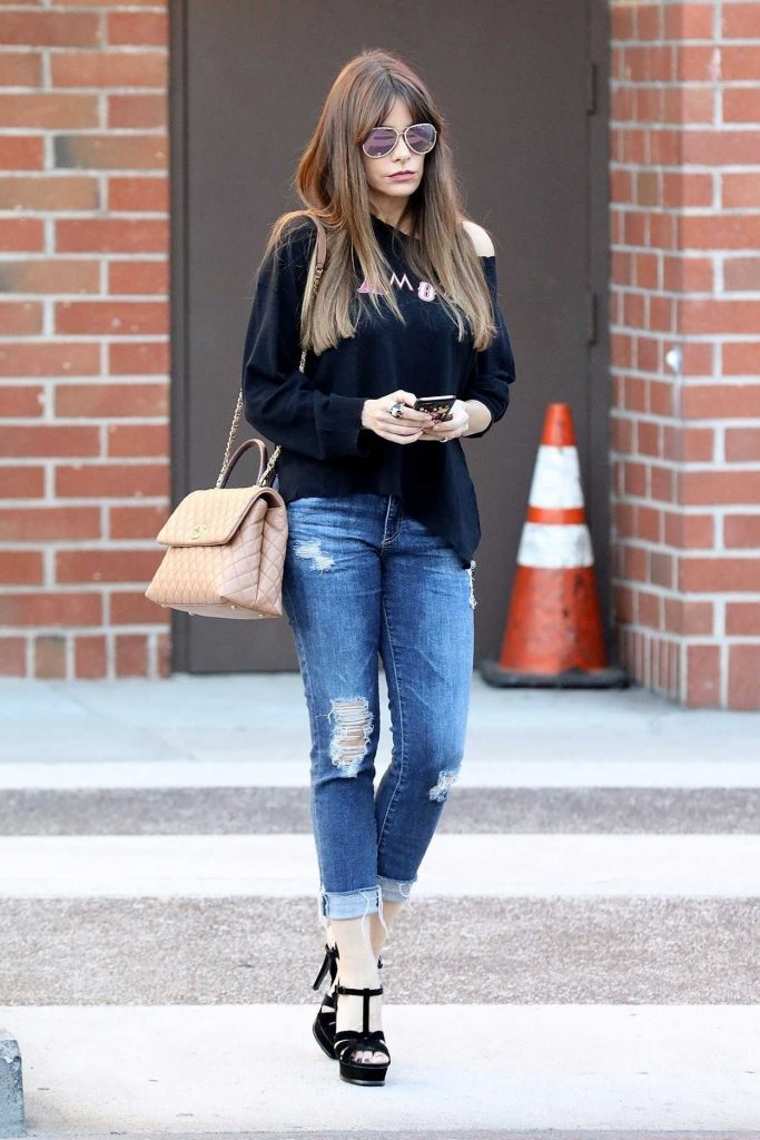 Sofia Vergara Was Seen Out in Beverly Hills 11/17/2017-2