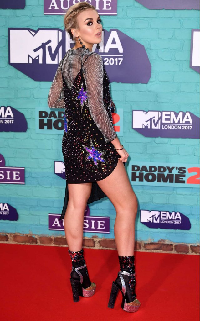 Tallia Storm at the 24th MTV Europe Music Awards in London 11/12/2017-3