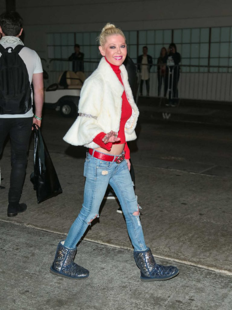 Tara Reid Arrives at the 86th Annual Hollywood Christmas Parade in Los Angeles 11/26/2017-5