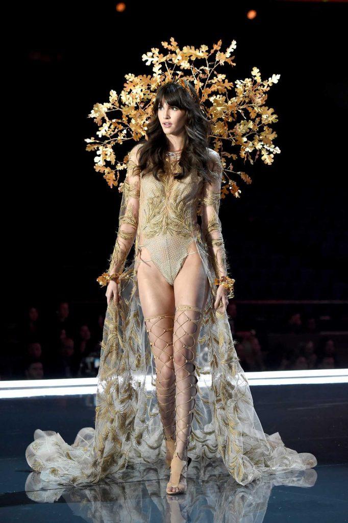 Victoria S Secret Fashion Show Vanessa Moody