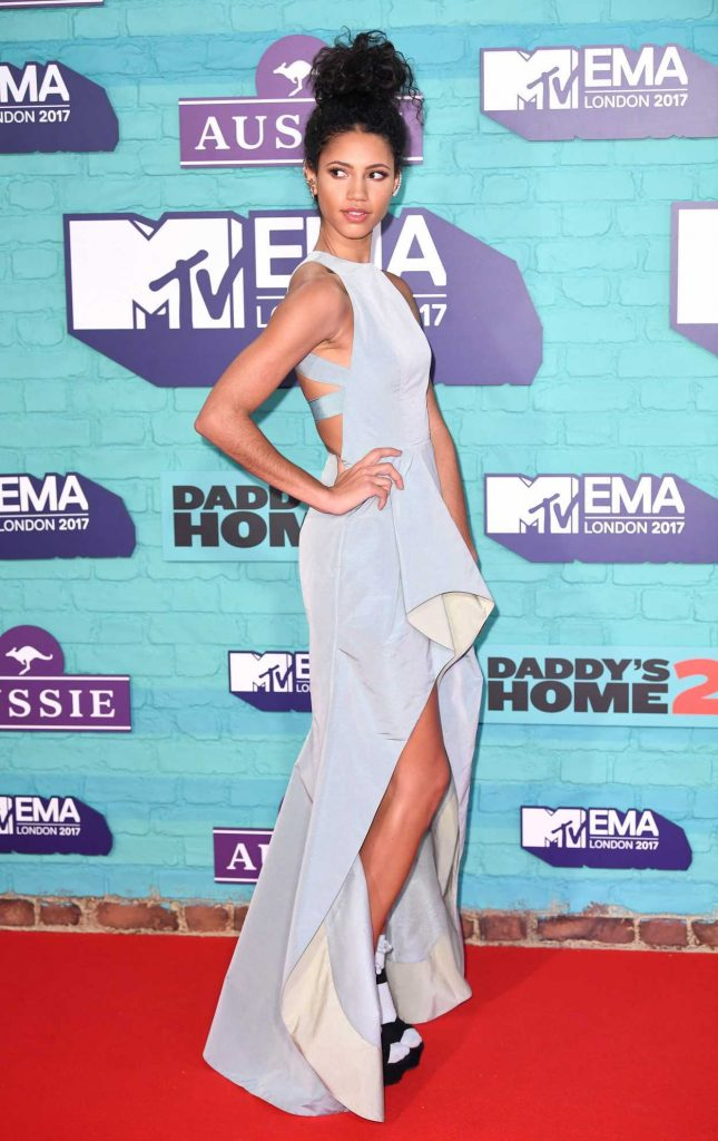 Vick Hope at the 24th MTV Europe Music Awards in London 11/12/2017-3
