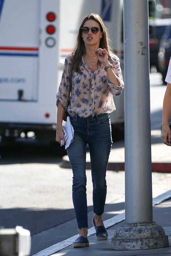 Alessandra Ambrosio Was Seen Out in Beverly Hills 12/12/2017-1