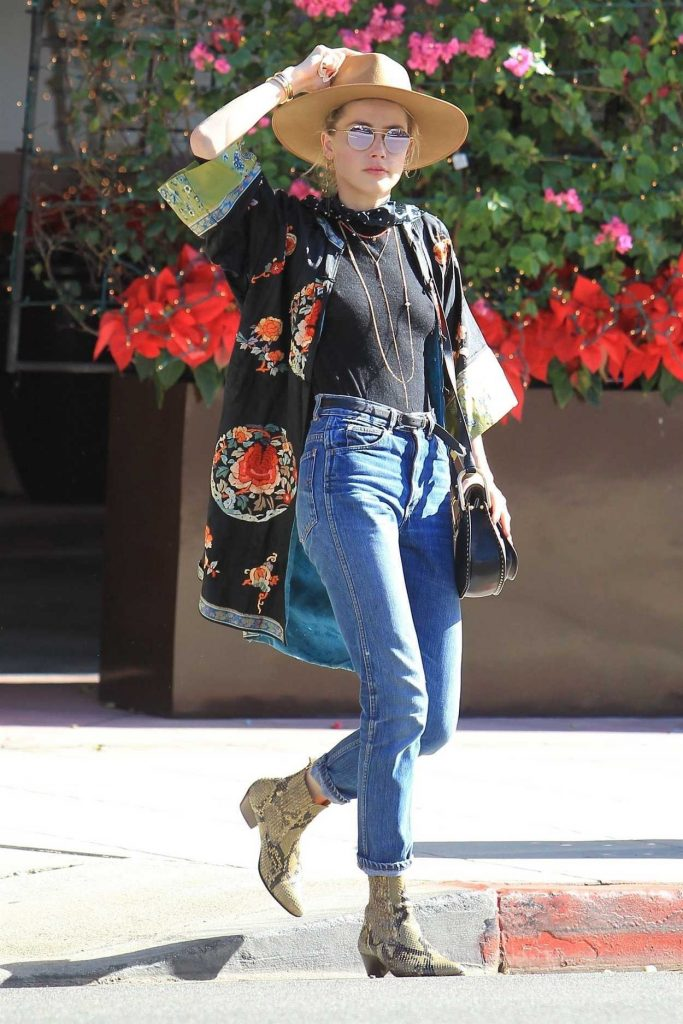 Amber Heard Was Seen Out in Beverly Hills 12/04/2017-3