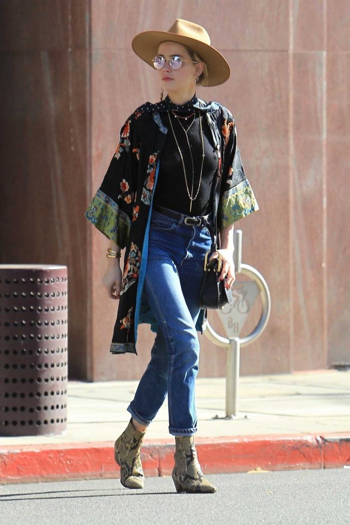 Amber Heard Was Seen Out in Beverly Hills 12/04/2017-4