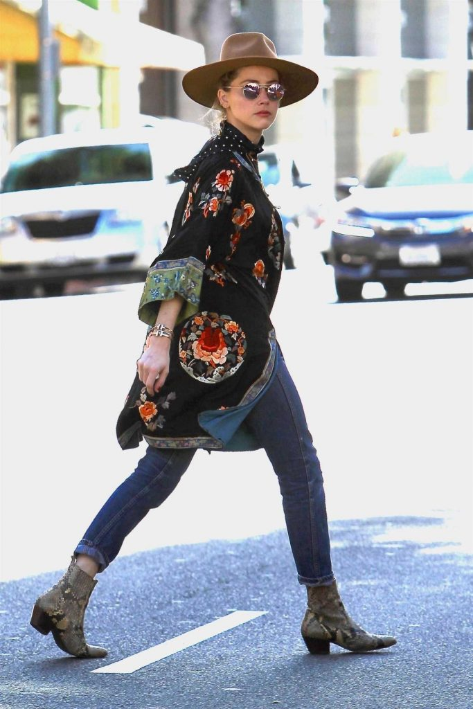 Amber Heard Was Seen Out in Beverly Hills 12/04/2017-5