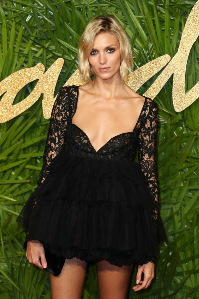 Anja Rubik at 2017 British Fashion Awards at the Royal Albert Hall in London 12/04/2017-4