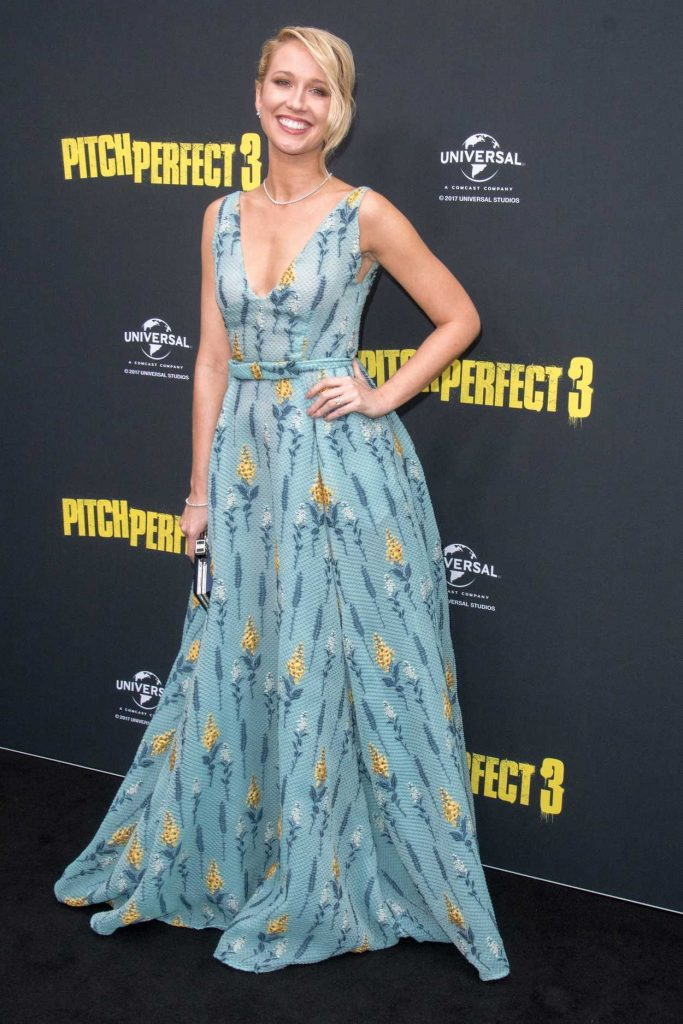 Anna Camp at the Pitch Perfect 3 Australian Premiere in Sydney 11/29/2017-1