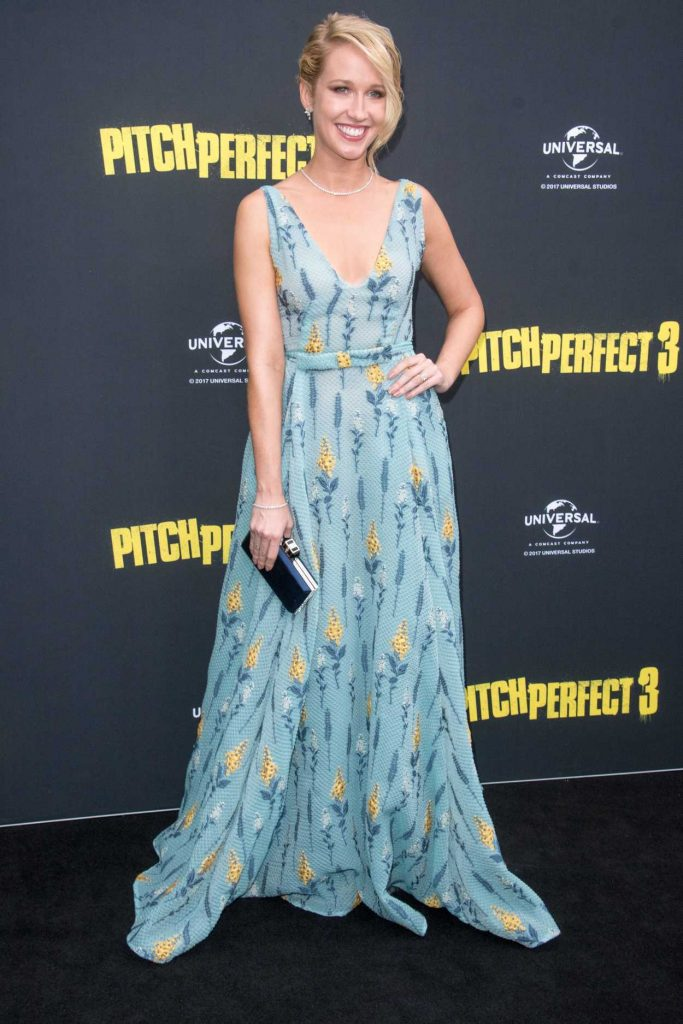 Anna Camp at the Pitch Perfect 3 Australian Premiere in Sydney 11/29/2017-2