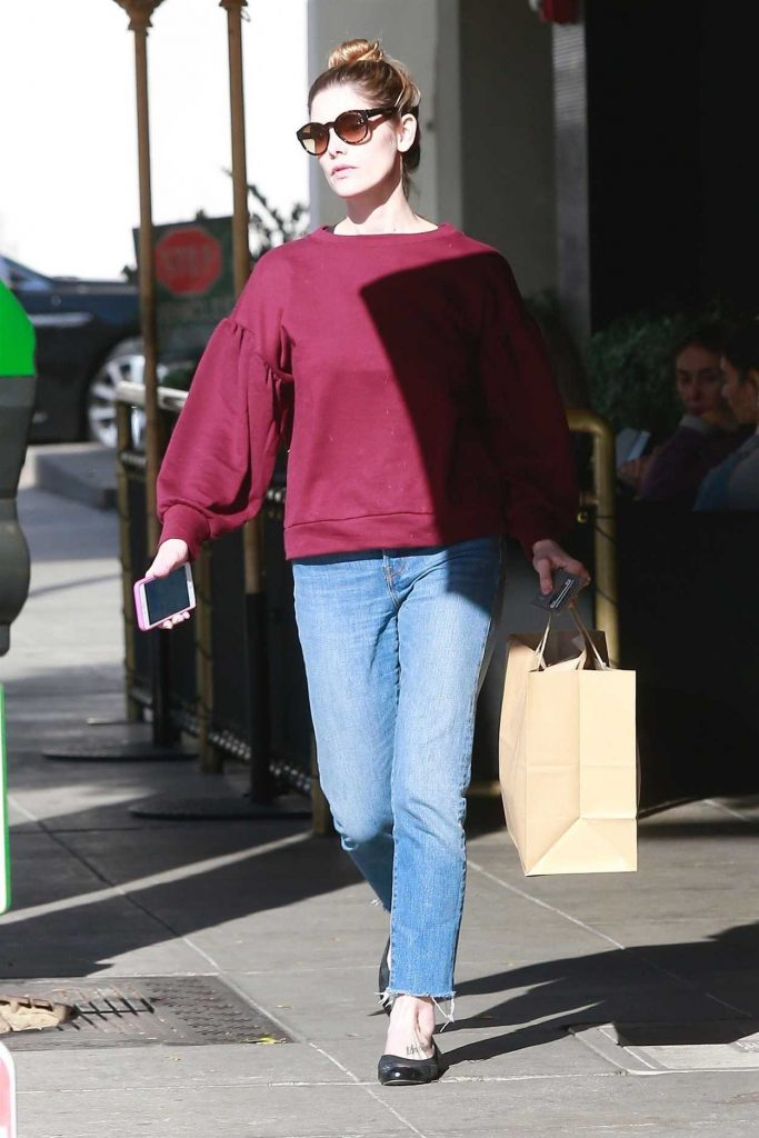 Ashley Greene Was Seen Out in Beverly Hills 12/28/2017-2