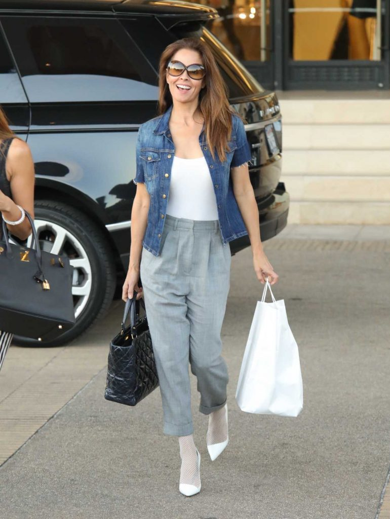 Brooke Burke Goes Shopping at Barneys in New York City 12/12/2017-4