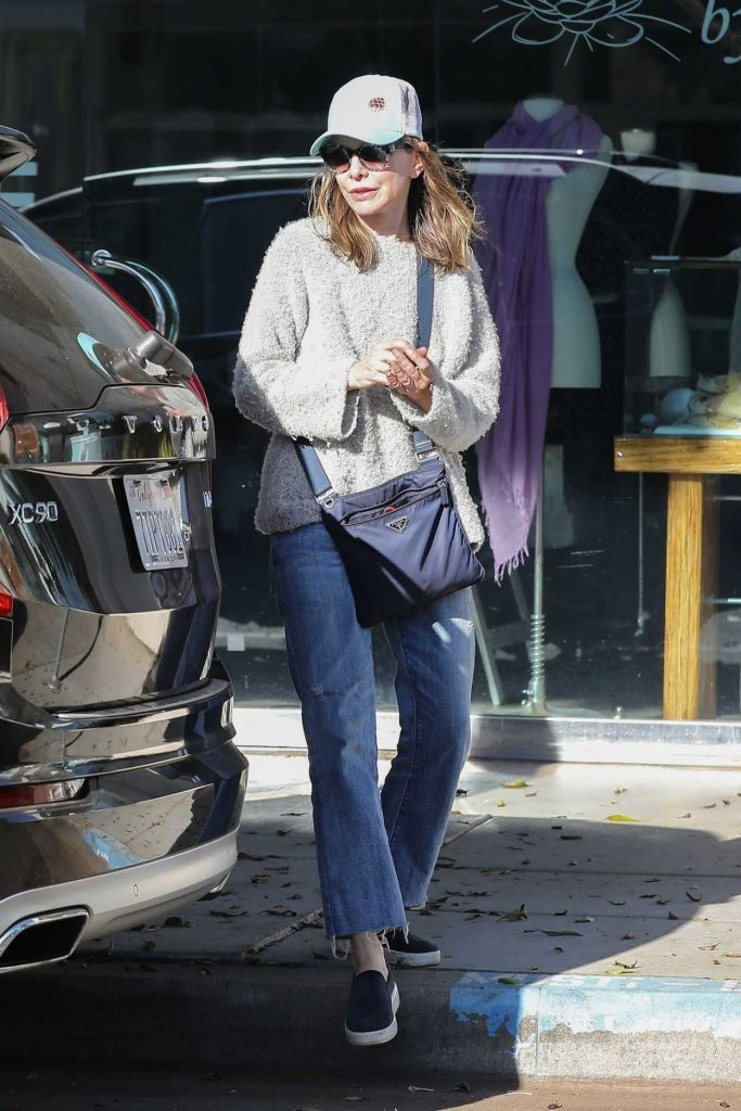 Calista Flockhart Drops Her Dogs off at a Pet Boutique in Brentwood 12/16/2017-5