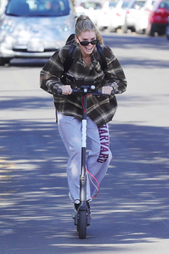 Charlotte McKinney Has Some Fun on a Bird Scooter in Santa Monica 12/18/2017-1