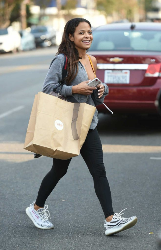Christina Milian Does Her Christmas Shopping in Los Angeles 12/17/2017-4