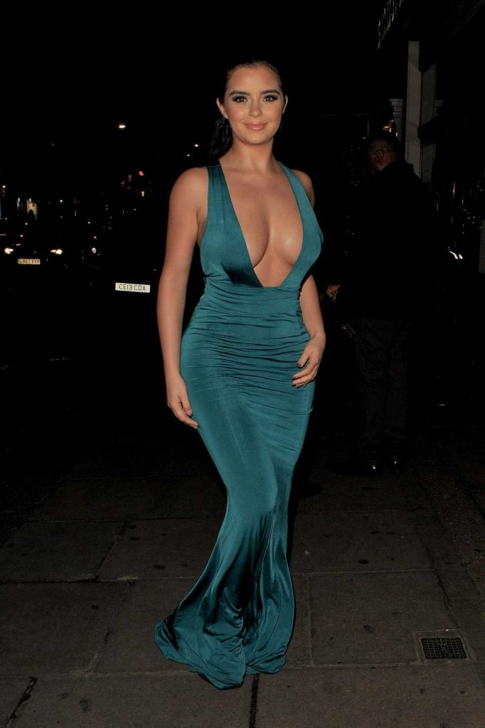 Demi Rose Wears a Green Dress During Night Out in Mayfair in London 12/21/2017-1