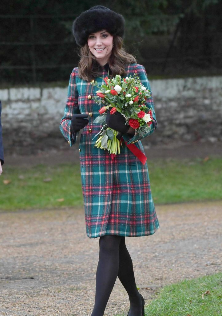 Kate Middleton Arrives at the Church of St Mary Magdalene in King's Lynn 12/25/2017-3