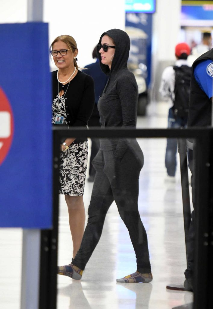 Katy Perry Was Seen at Miami International Airport 12/21/2017-1